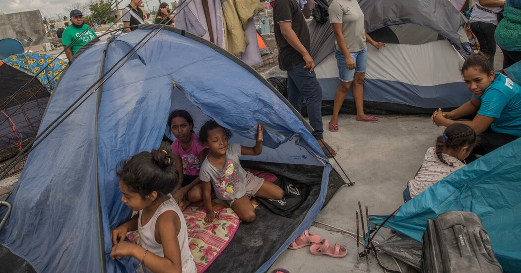 After Pastor in Mexico Evicts Nearly 200 Migrants, His Brother Welcomes Them All